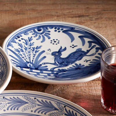 Hand-Painted Golondrina Salad/Tapas Plate, Rabbit Design - 8 Inches