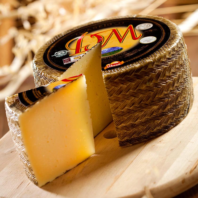 Shop Idiazabal Cheese, Lightly Smoked Online | La Tienda