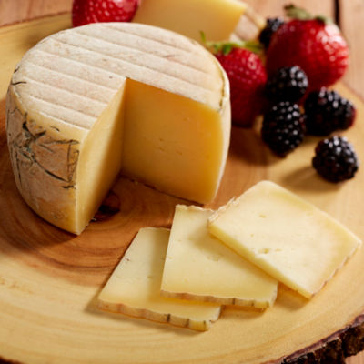 Ibores Goat's Milk Cheese, D.O. - 2.2 Pounds