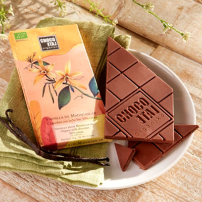 Milk Chocolate Bar with Vanilla from Madagascar