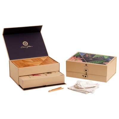 5J Gift Box - Sliced Ibérico de Bellota Shoulder and Accessories