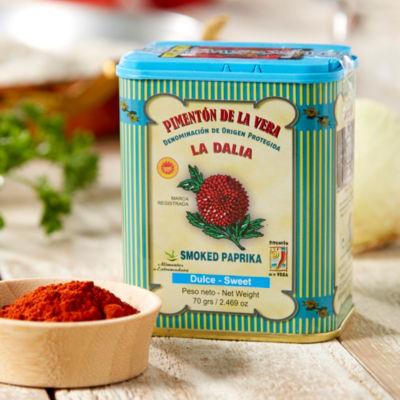 Sweet Smoked Paprika by La Dalia