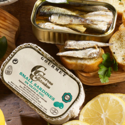 Sardinillas by Conservas de Cambados - Tiny Sardines