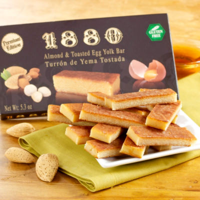 Yema Ground Almond Turrón Candy by 1880