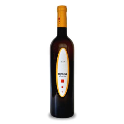 Nessa Albarino 2009 by Adegas Gran Vinum
